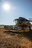 New Holland combine harvester CR9060